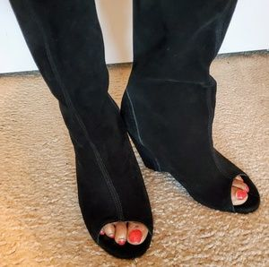 Open toe black suede boots!!